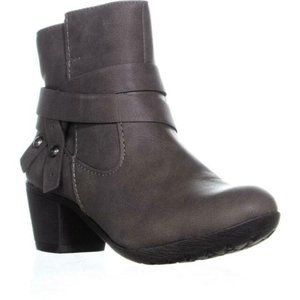 Style & Co Joeyy Low-Heel Ankle Boots NWOT 5.5